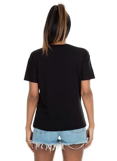 Mint Tişört Siyah